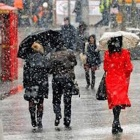 Thumbnail-Photo: Unseasonable weather hindered fashion sales
