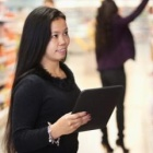 Thumbnail-Photo: Retail searches on tablets up 198%