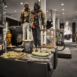 Thumbnail-Photo: The North Face launches first-ever urban exploration concept shop in the...