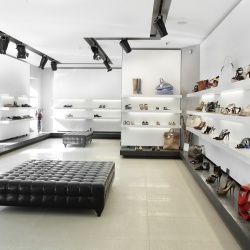 Thumbnail-Photo: Light up your business – LED in retail