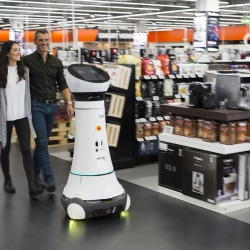 Thumbnail-Photo: Robot assists shoppers at Saturn in Germany