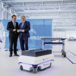 Thumbnail-Photo: Schaeffler AG and Fraunhofer sign a strategic partnership agreement...