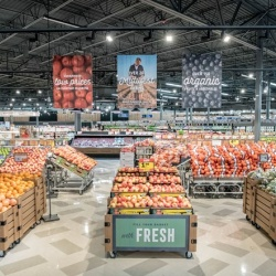 Thumbnail-Photo: Meijer unveils newly-remodeled Rockford Supercenter...