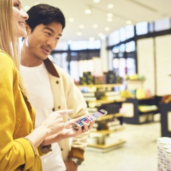 Thumbnail-Photo: Wirecard partners with SES-imagotag to revolutionize the in-store...