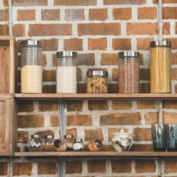 Thumbnail-Photo: Online growth among housewares buyers extends to adjacent categories...