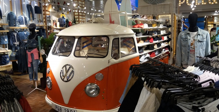 VW Bus Schuhregal copyright: Mörs/iXtenso