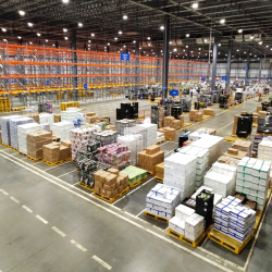 Thumbnail-Photo: Walmart plans more distribution centers in China...
