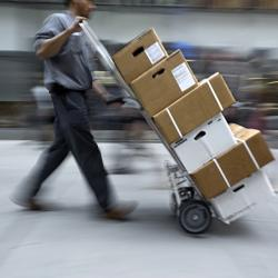 Thumbnail-Photo: Half of online shoppers did not receive their package...