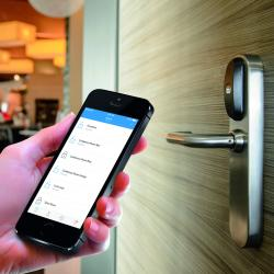 Thumbnail-Photo: Cloud access control for retail companies