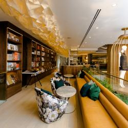 Thumbnail-Photo: Retail library in Vancouver