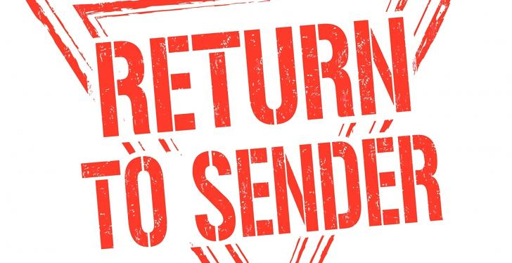 Red sign saying return to sender; copyright: PantherMedia/roxanabalint...
