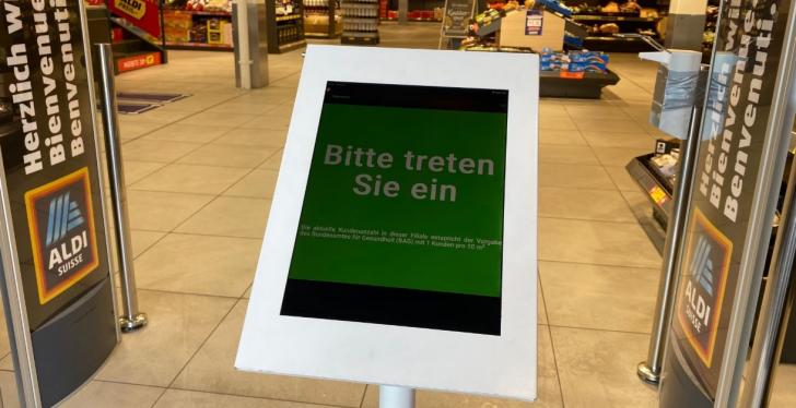 digital admission control at ALDI Suisse