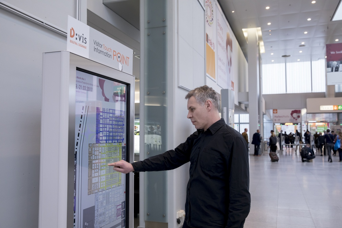 The D:vis information points of Messe Düsseldorf have been equipped with...