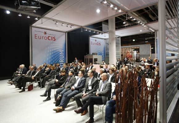 The topics dealt with in the Forum are just as varied as those of the EuroCIS...