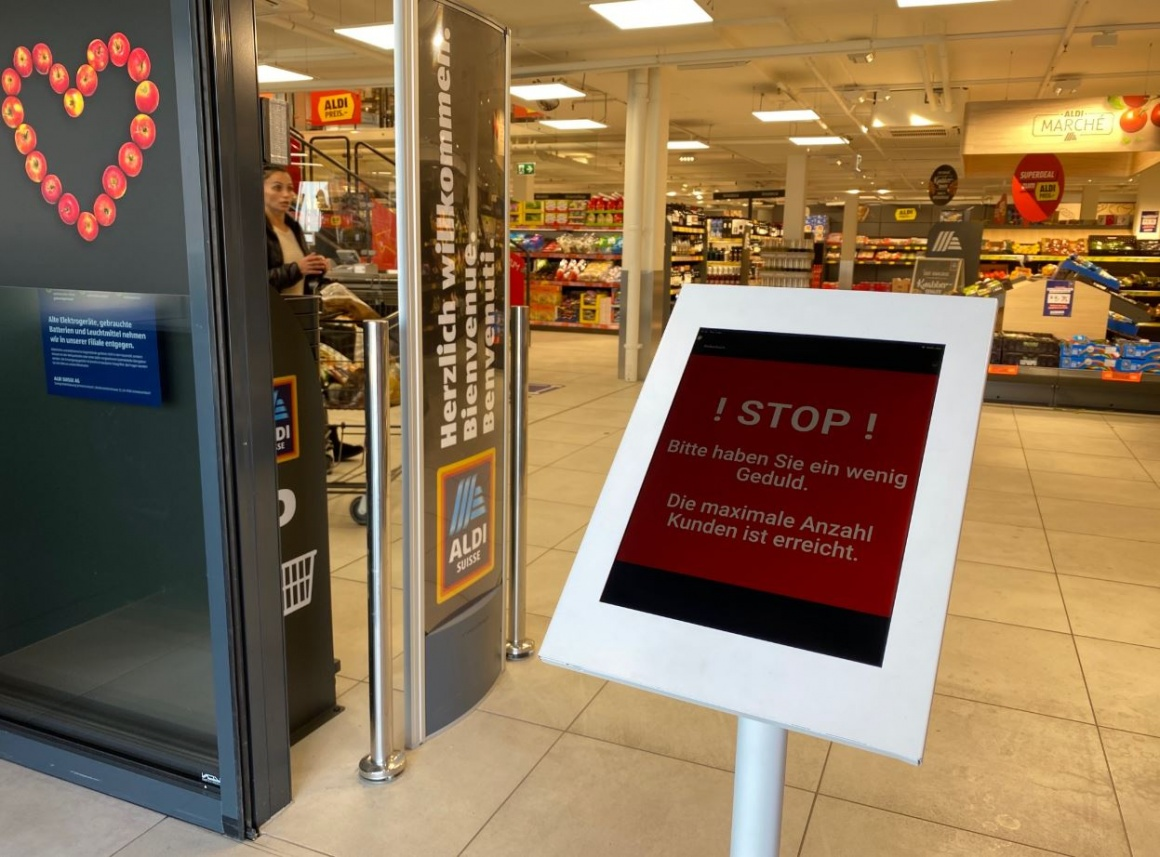 digital access control at ALDI Suisse